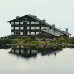 bezbojko lake - the mountain hut
