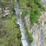 bovska-skaklya-waterfall-01