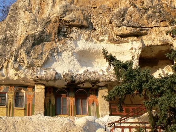 Ивановски скални църкви – Русе