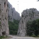 vratsata wall - down the road