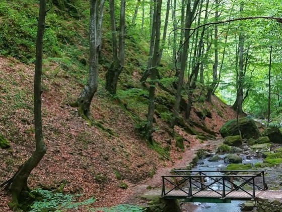 Екопътека Под пръските на водопада