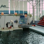 varna dolphinarium pools and stage