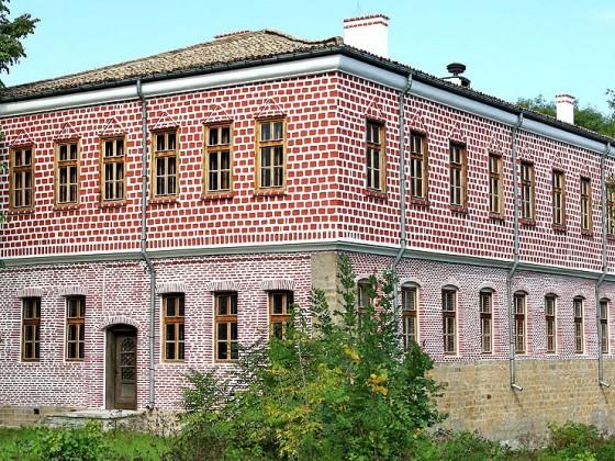 Славейковото училище – Търговище