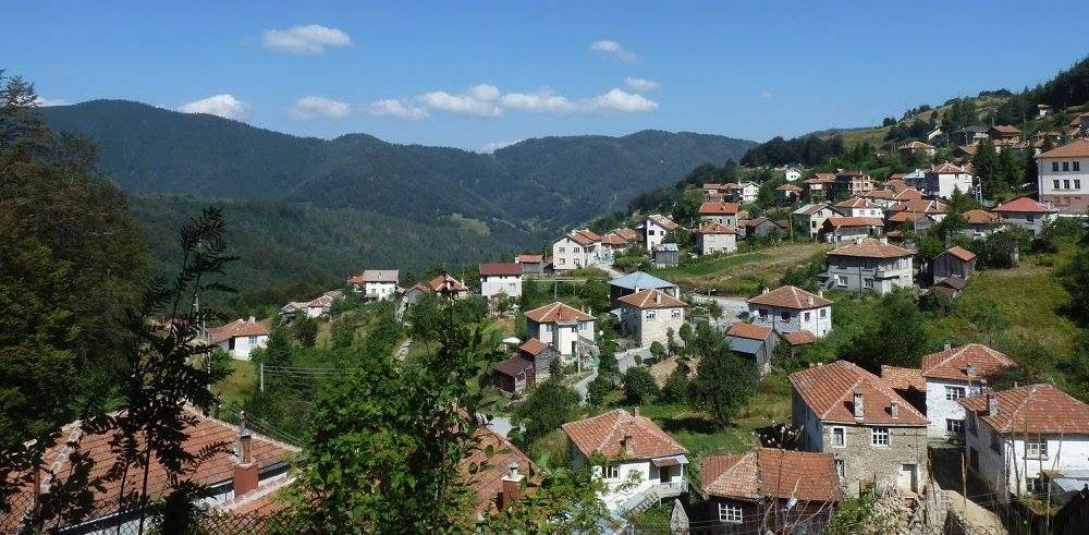 Село Манастир – Лъки