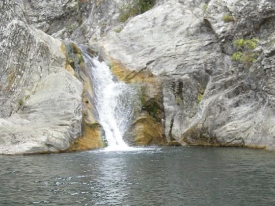 Водопад Сини вир – Медвен